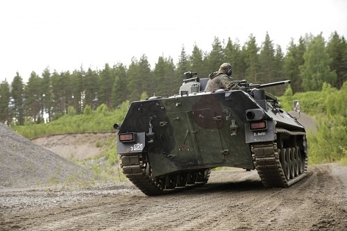 häälahjaksi elämys panssarivaunulla